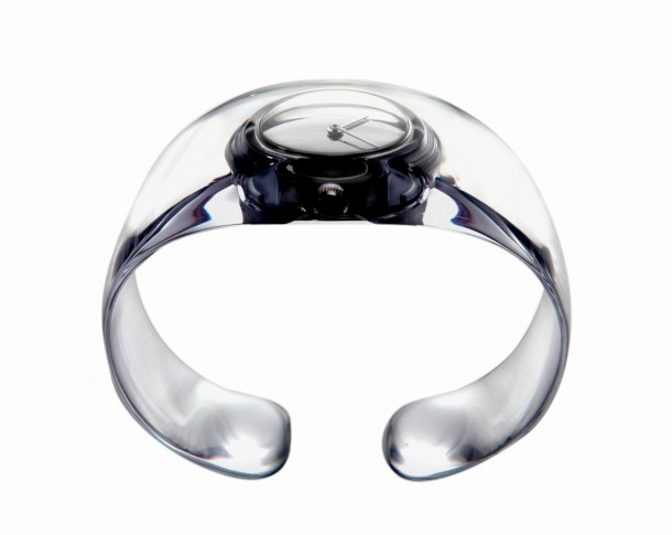 A watch by Tokujin Yoshioka that reminds of water