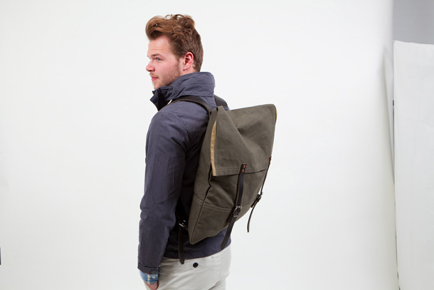 The exclusive canoe-pack on the back of a user.