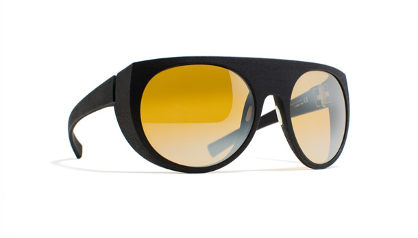 Eywear inspired by the look of 1950s Alpine goggles