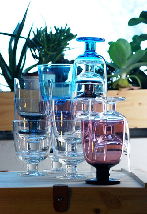 Glasses from Iittala in different colours