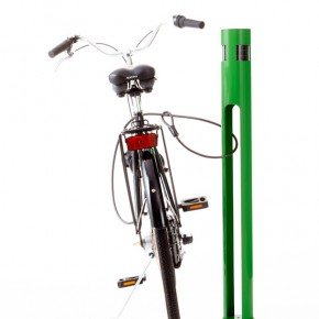 Solar-powered cycle stand