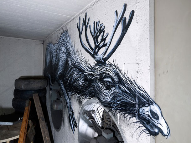 Wall painting by Roa
